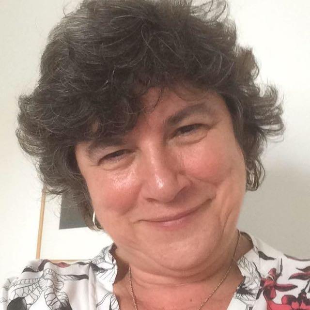Dra. Beatriz de Oliveira Santos